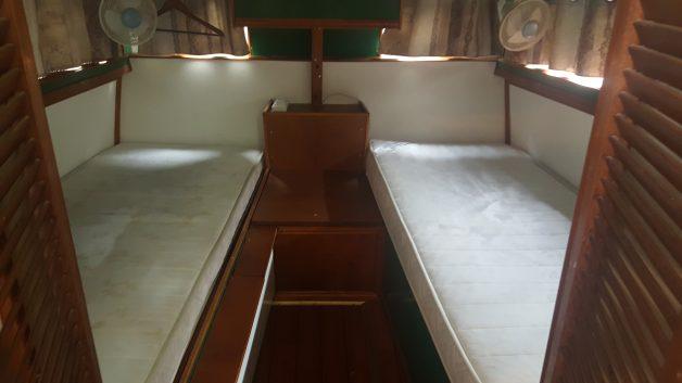 Cabine arrière rideaux tirés
