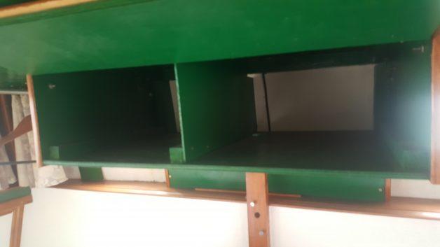 Rangement sous plafond cabine arrière
